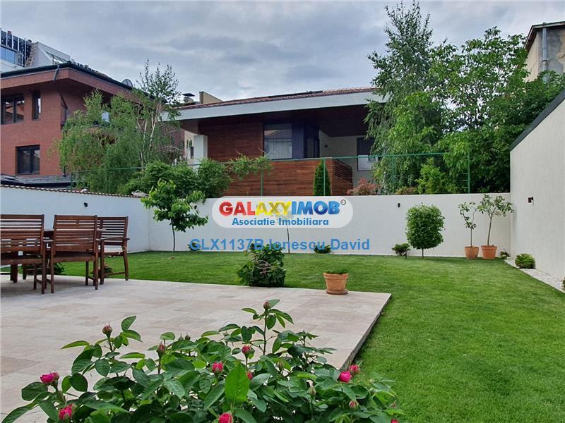 Casa noua 2020   Zona rezidentiala high-class Casin   Curte si garaje