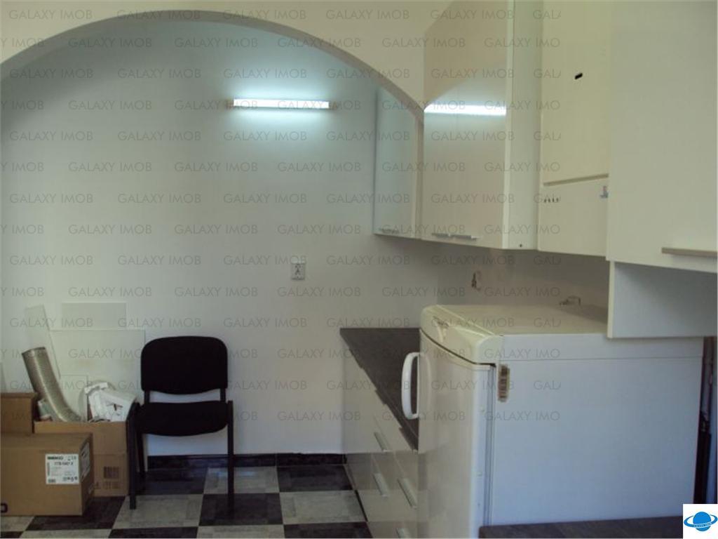 Inchiriere 5 camere duplex in vila, Aviatorilor