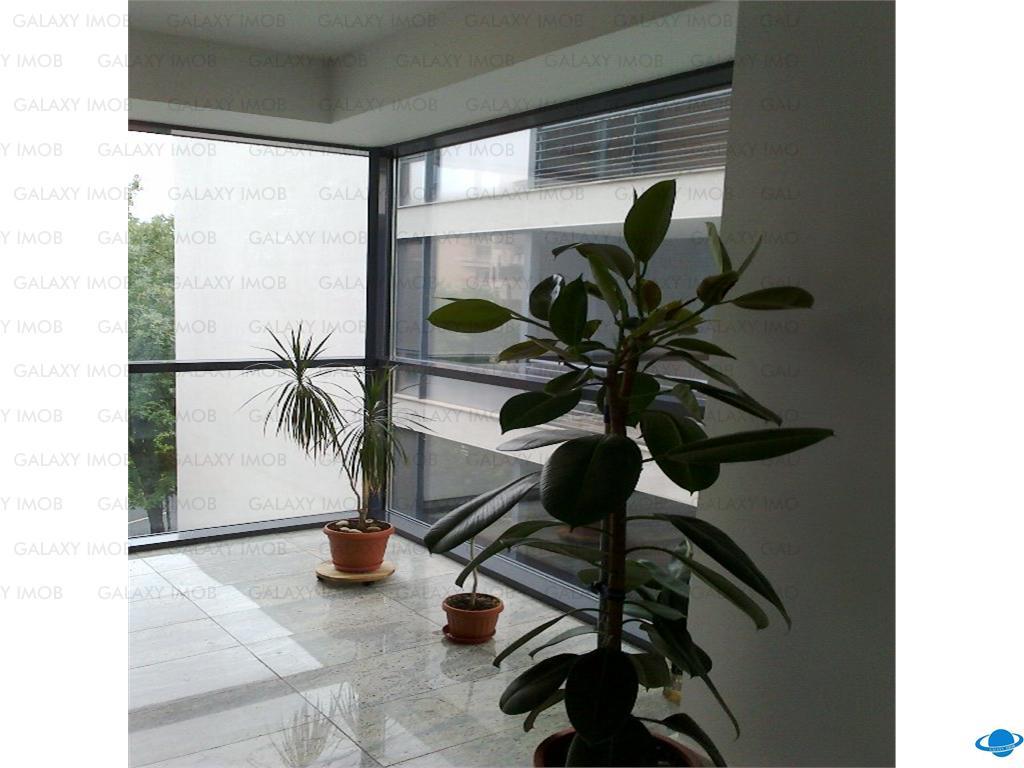Inchiriere apartament 3 camere mobilat lux ,1500 euro+tva,Primaverii