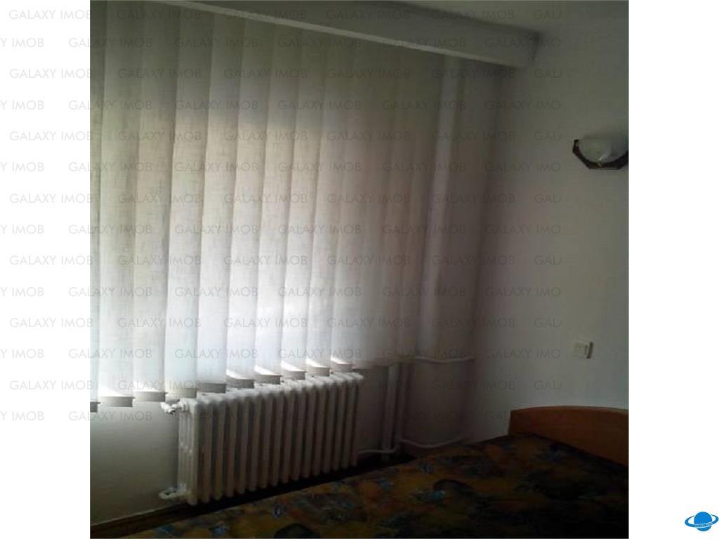 Inchiriere apartament 3 camere Sala Palatului