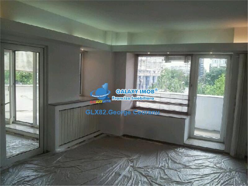 Inchiriere apartament 4 camere stradal Unirii Zepter