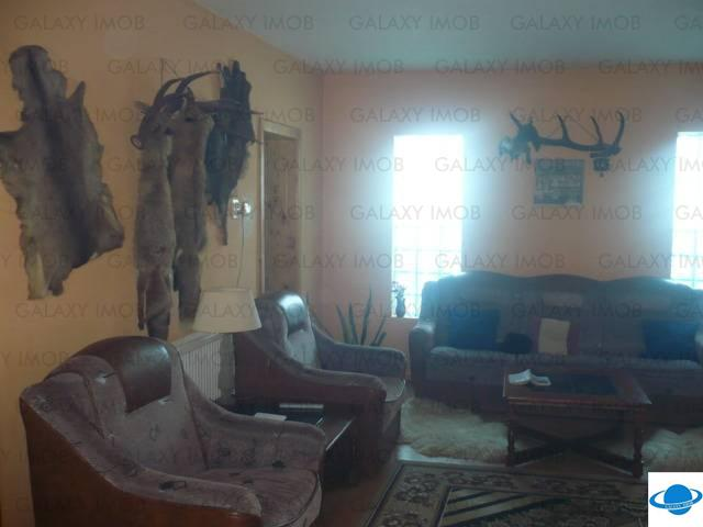 Vanzare vila Pensiune Culoarul Rucar Bran