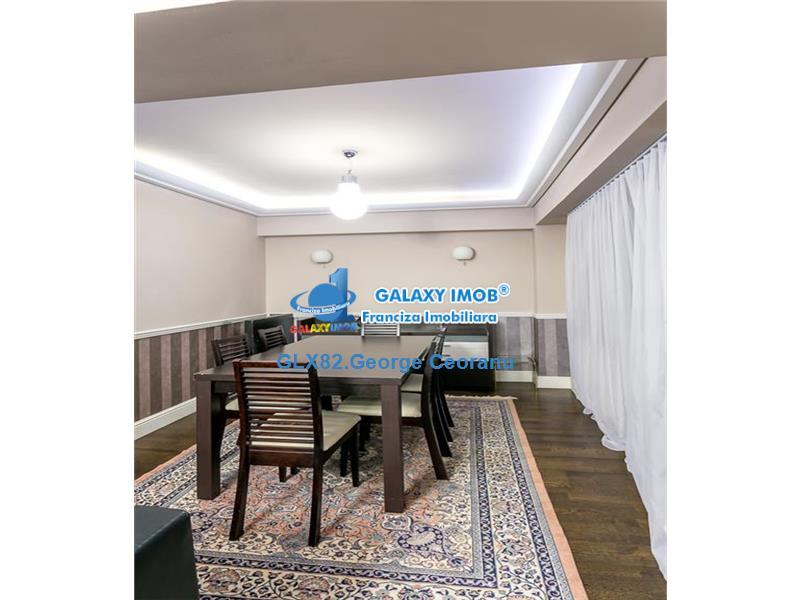 Inchiriere apartament  3 camere tip duplex blvd Unirii Casa Poporului