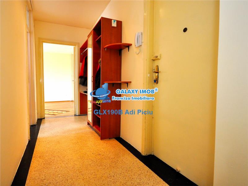 Inchiriere apartament 2 camere Arcul de Triumf