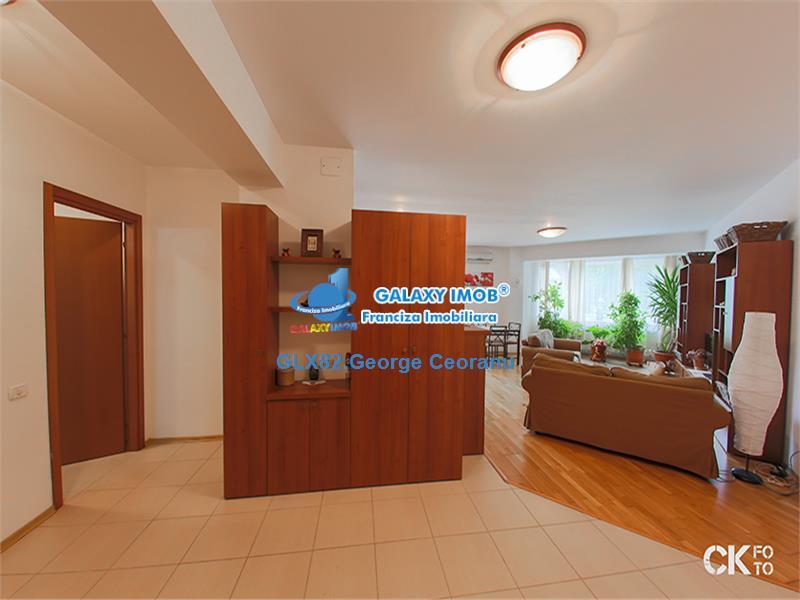 Inchiriere apartament 3 camere 110mp bloc 2010 Unirii Mitropolie
