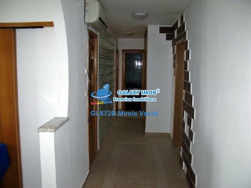 Inchiriere apartament 3 camere Calea Calarasilor Hyperion