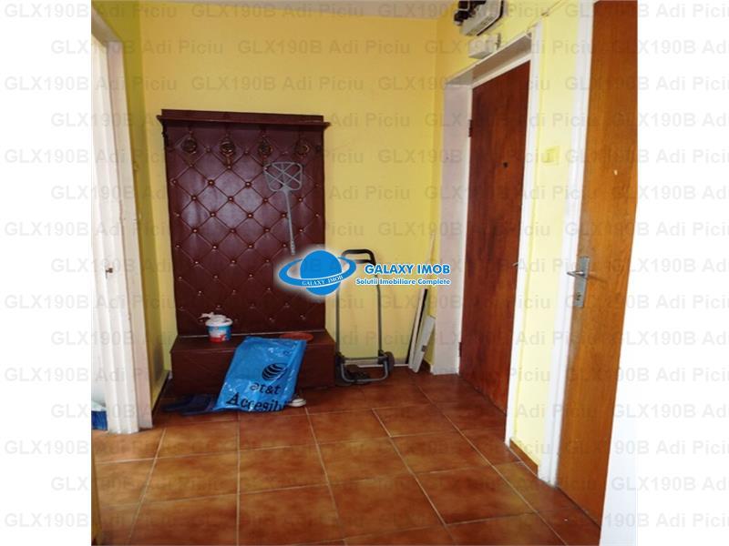 Inchiriere apartament 3 camere Campia Libertatii