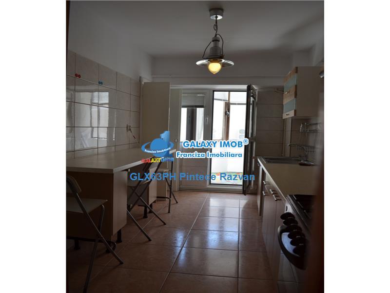 Inchiriere apartament 3 camere, centrala termica, Winmarkt, Ploiesti