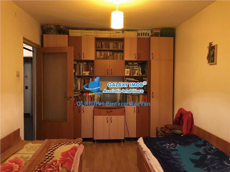 Vanzare apartament 3 camere, decomandat, Enachita Vacarescu, Ploiesti
