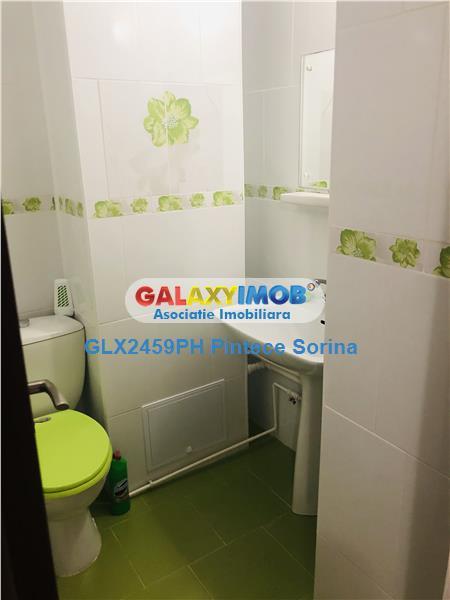 Inchiriere apartament 3 camere, decomandat, renovat, zona Ultracentral
