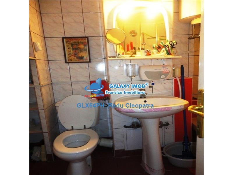 Inchiriere apartament 3 camere, in Ploiesti, zona  Malu Rosu