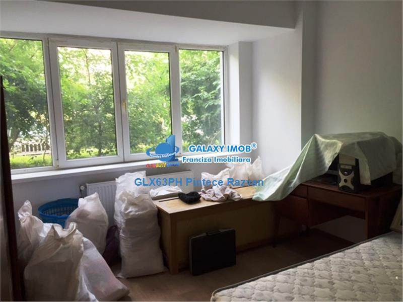 Inchiriere apartament 3 camere, nemobiliat, zona Republicii, Ploiesti