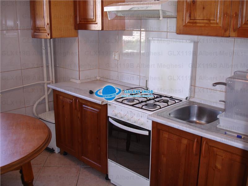 Inchiriere Apartament 3 Camere P-ta Alba Iulia
