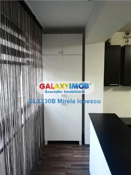 Inchiriere apartament 3 camere Plaza Romania