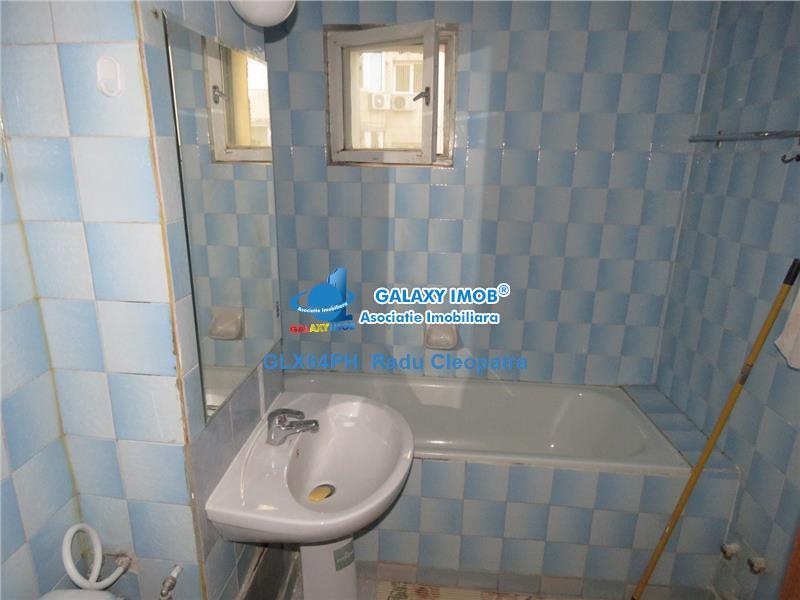 Inchiriere apartament 3 camere,Ploiesti, zona ultracentrala