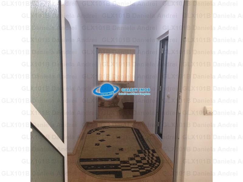 Inchiriere Apartament 3 camere Zona Stefan cel Mare 550 euro