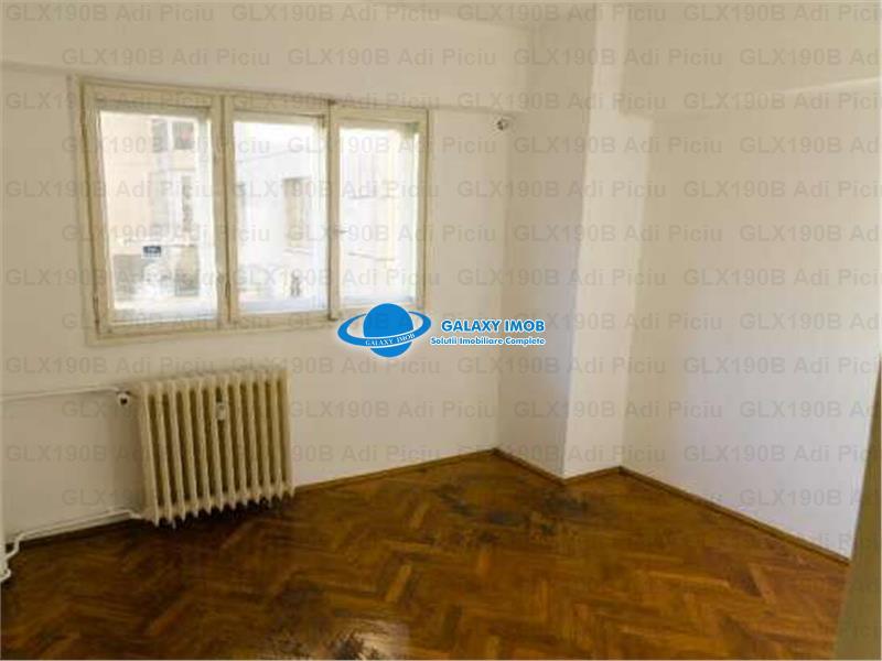 Inchiriere apartament 4 camere Calea Mosilor