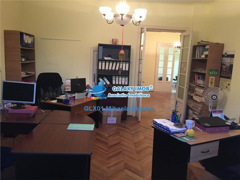 Inchiriere apartament 4 camere in vila, Domenii