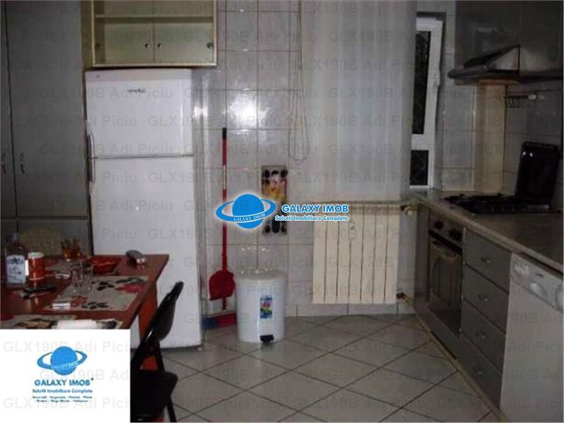Inchiriere apartament 4 camere NERVA TRAIAN - TIMPURI NOI