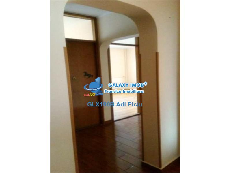 Inchiriere apartament cu 3 camere Nerva Traian