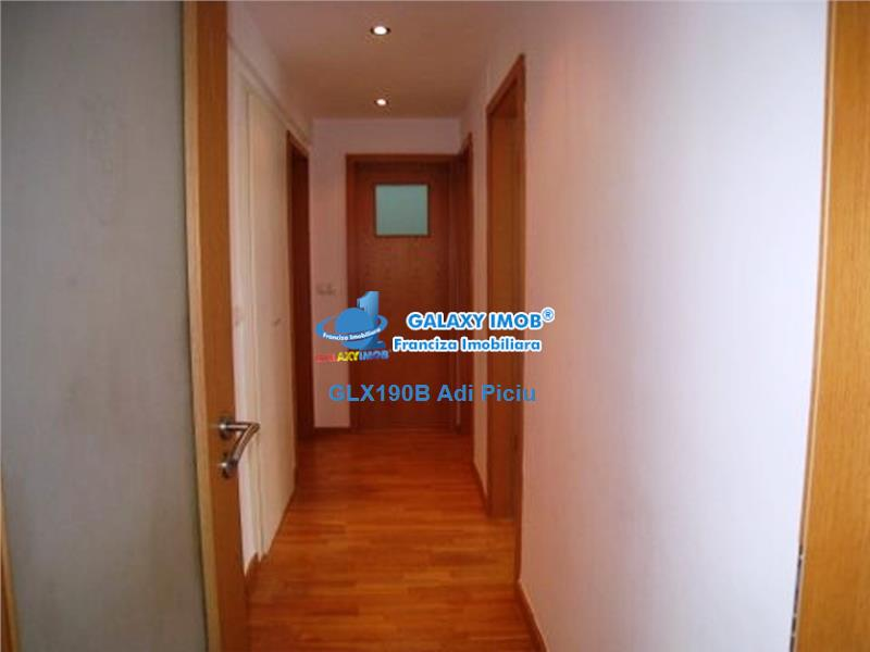 Inchiriere apartament cu 4 camere Green Lake