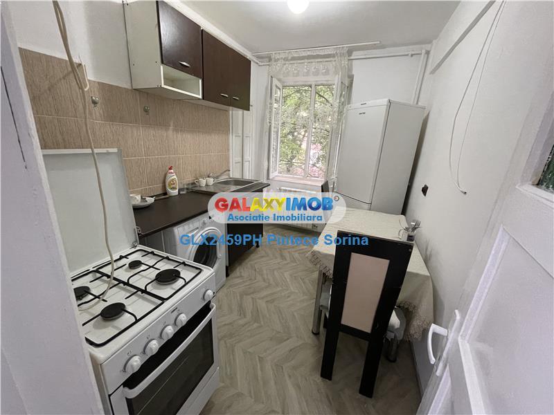 Inchiriere apartament doua camere, zona Bulevardul Castanilor.