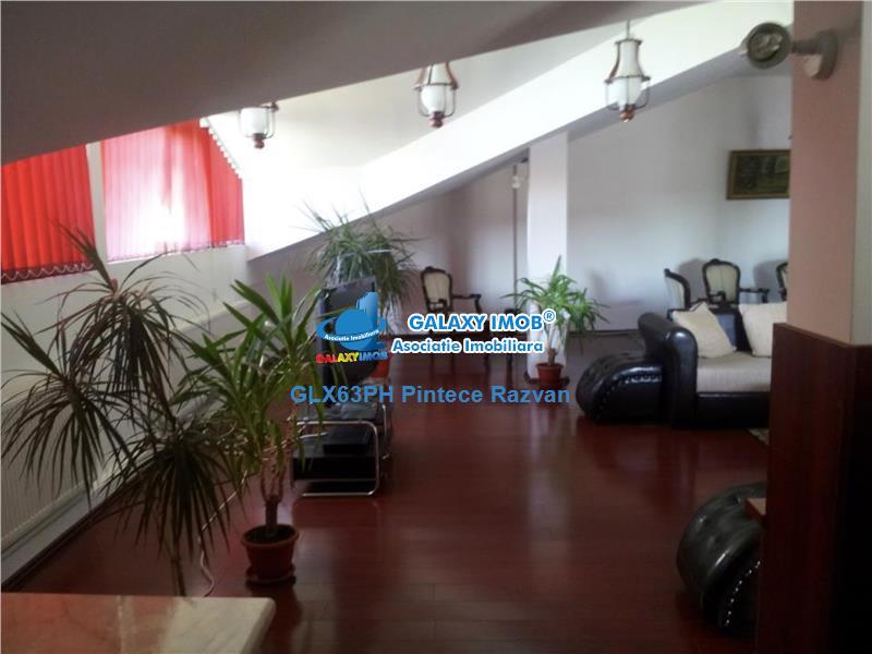 Apartament 3 camere, foarte spatios, zona Republicii, Ploiesti