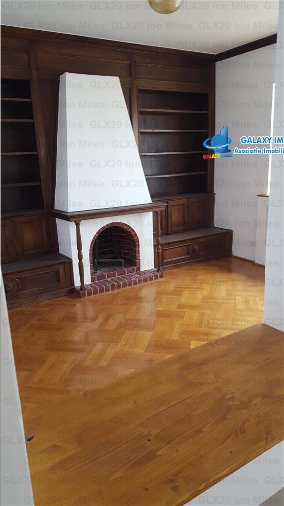 Inchiriere apartament nemobilat  Piata  Romana  Dacia