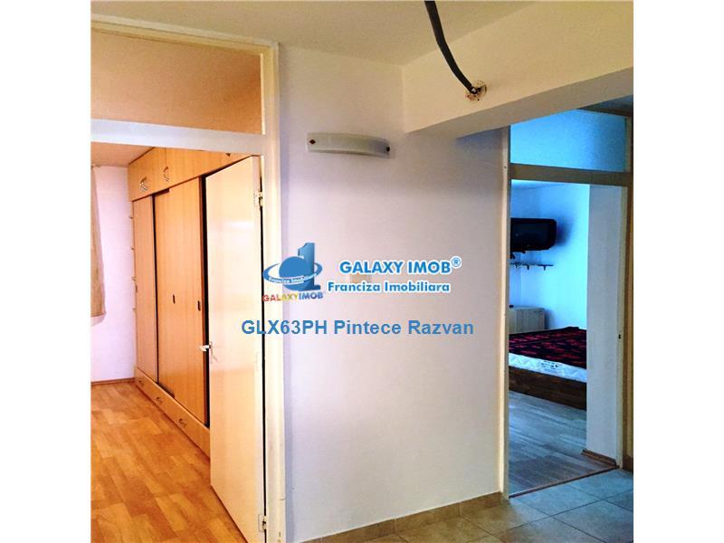 Inchiriere apartament 3 camere, decomandat, zona 9 Mai, Ploiesti