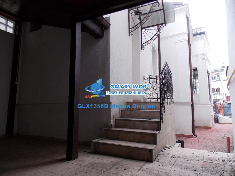 Inchiriere Vila  6 Camere Calea Calarasilor Traian