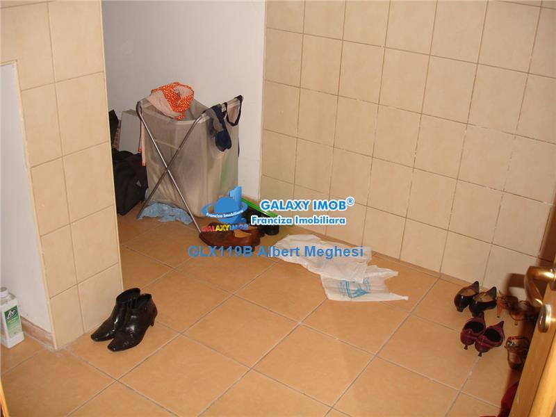 Vanzare  Vila  Primaverii 9 Camere
