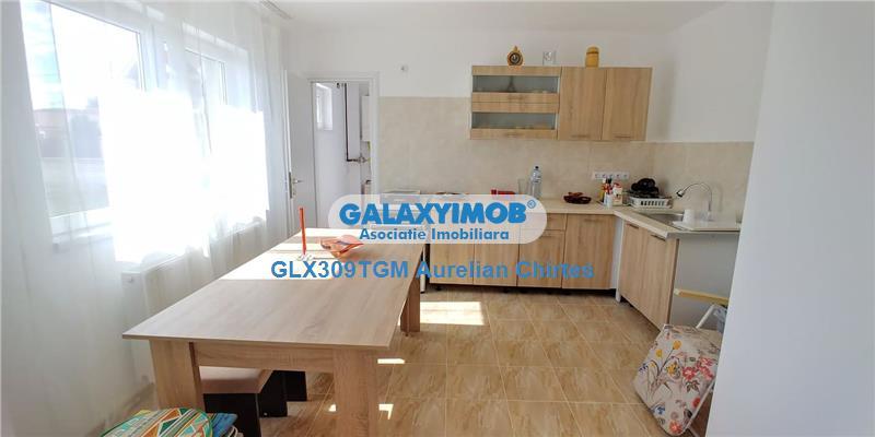 Inchiriez apartament cu 3 camere la casa in Unirii cu suprafata 90 mp