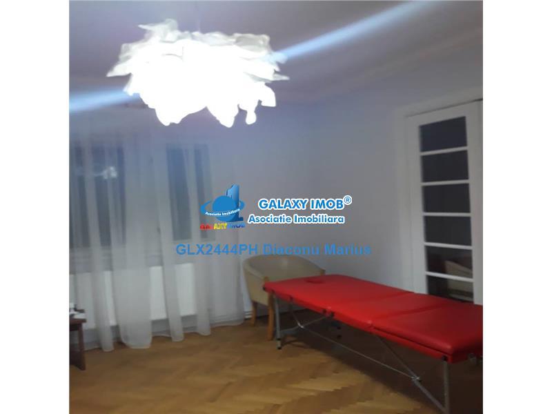 Loc in salon pt.stilist unghii/gene/manechiura/pediciura Ultracentral