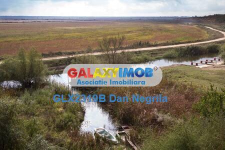 Murighiol-Delta Dunarii pensiune si teren la Canal