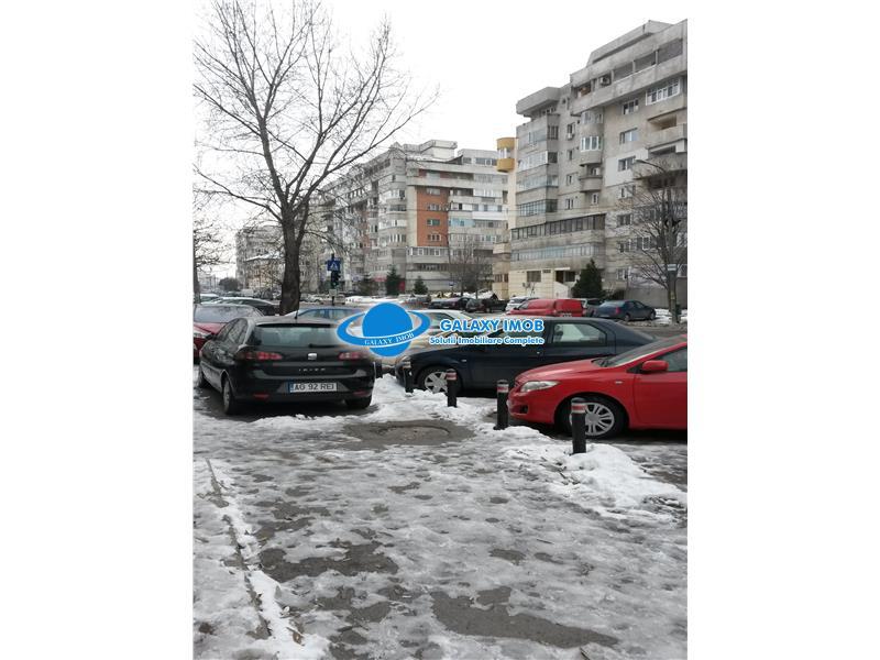 OCAZIE De vanzare/inchiriere spatiu comercial ultrastradal Pitesti