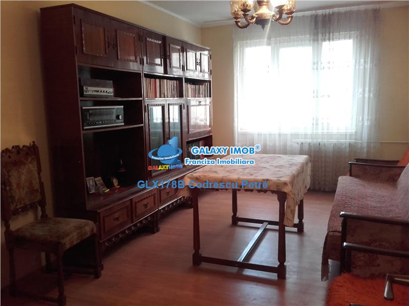 Oferta apartament 3 camere, Crangasi, 9 MAI
