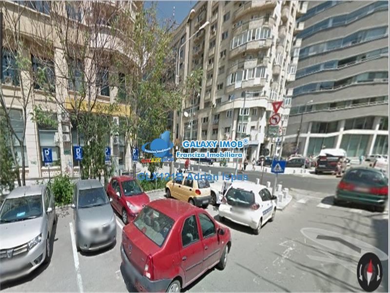 Piata Victoriei-parter de bloc de lux pe Calea Victoriei