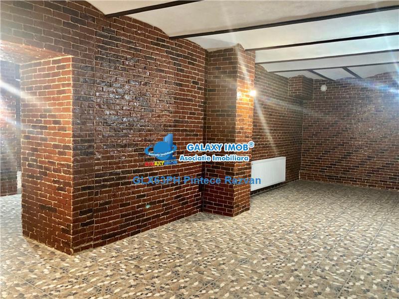 Spatiu comercial pretabil club sau restaurant, ultracentral, Ploiesti