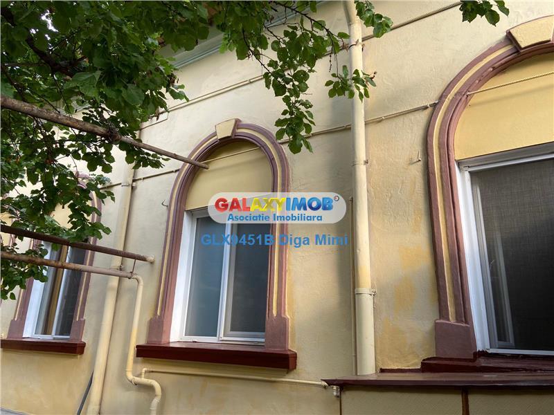 Spatiu de birouri Casa 3 camere de inchiriat zona Cal Calarasilor