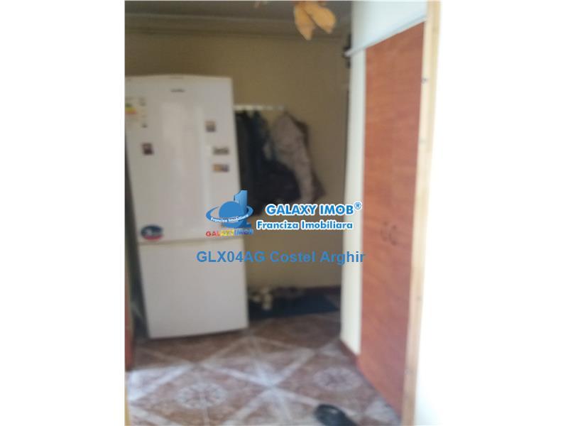 Vand apartament 2 camere Craiovei, cf 1, SD