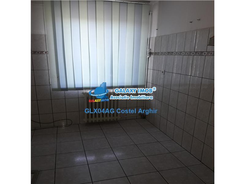 Vand apartament 2 camere, SD, et 4, Craiovei