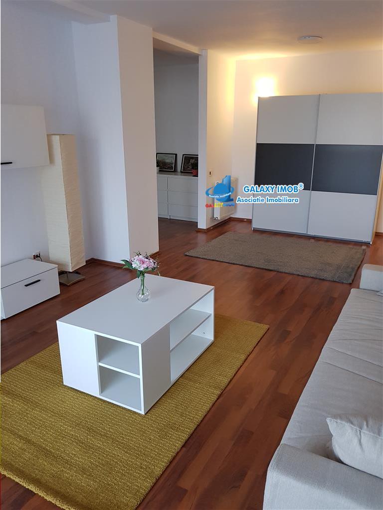 Vand apartament cu 2 camere , foarte spatios , bloc nou, mobilat.