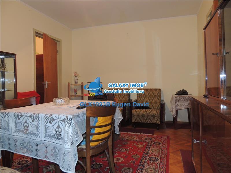 Vanzare 2 camere Bucurestii Noi - Bazilescu, etajul 1/9, liber.