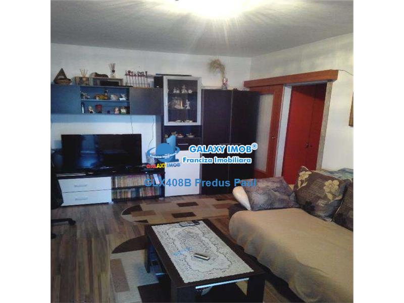 Vanzare apartament 2 camere Berceni stradal