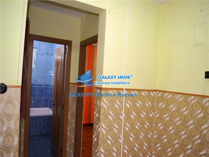 Vanzare apartament 2 camere, decomandat centrala termica Vest Ploiesti