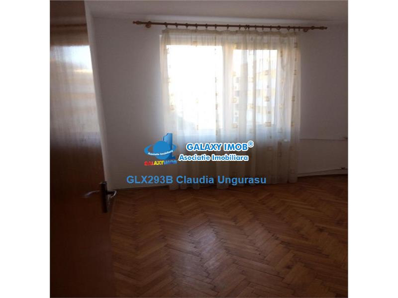 Vanzare apartament 3 camere, Basarabia
