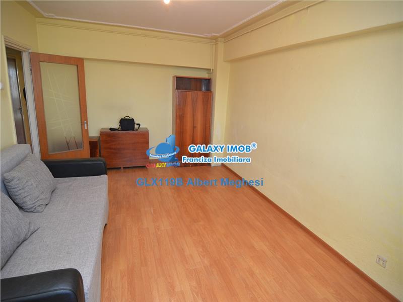 Vanzare Apartament 3 Camere Decomandat pantelimon P-ta Delfinului