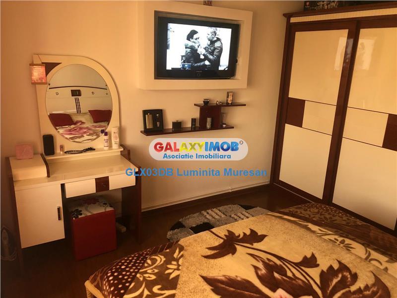 Vanzare apartament 3 camere decomandat Targoviste Micro 12