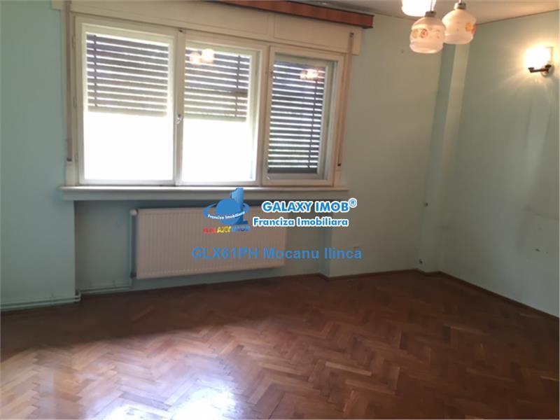 Vanzare apartament 3 camere, in Ploiesti, Bulevardul Castanilor