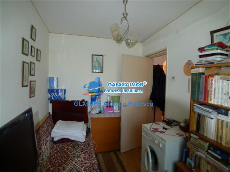 Vanzare apartament 3 camere, in Ploiesti, zona Vest, decomandat.